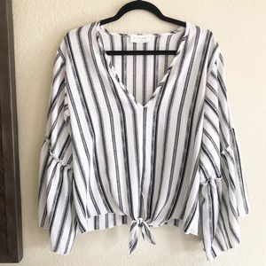 Tops - Lavender Field / Black & White Ruffle Sleeve Top
